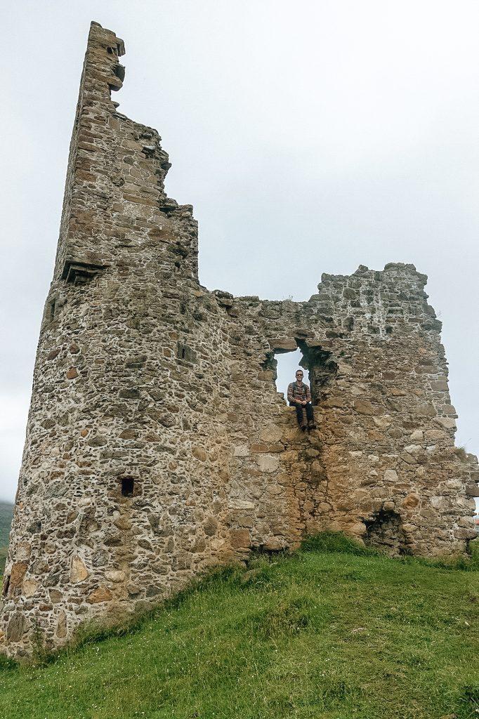 Ruine du chateau d'Ardvreck dans les Highlands